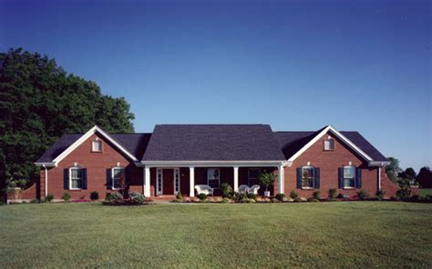 What Is A Ranch House by Ranch Style Homes House Plans And More