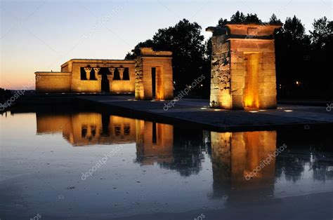 temple of debod madrid spain temple of debod madrid spain stock photo 169 javiindy 26222923