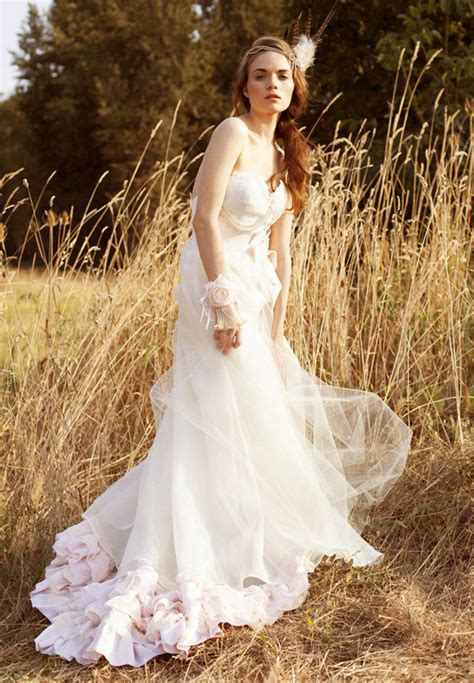 fall 2013 spotlight wedding dress trends tulle chantilly wedding