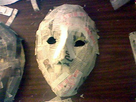 How 2 Make Paper Mache - how to make a simple paper mache mask ultimate paper mache