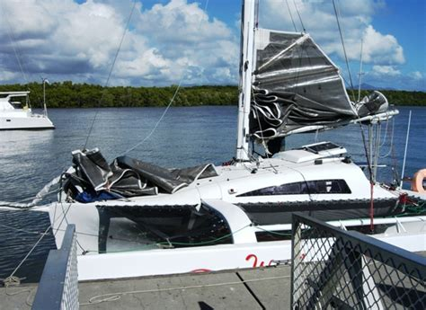 trimaran pontoon a wavelength 780 trimaran cruise down under small trimarans