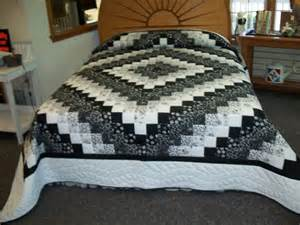 Black And White Quilt Black And White Quilts Search Ideas For