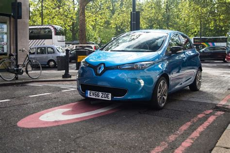 renault zoe 2018 renault trails more powerful zoe air quality news