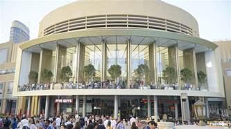 Store Dubai Mall Apple Dubai Mall Officially Opens As Uae S Third Apple Store
