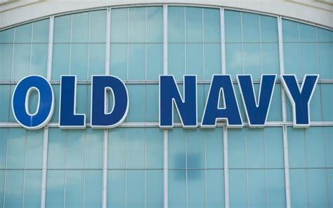 Old Navy Gift Card Amount - plus size old navy shopper s selfie is stand against bullies ny daily news