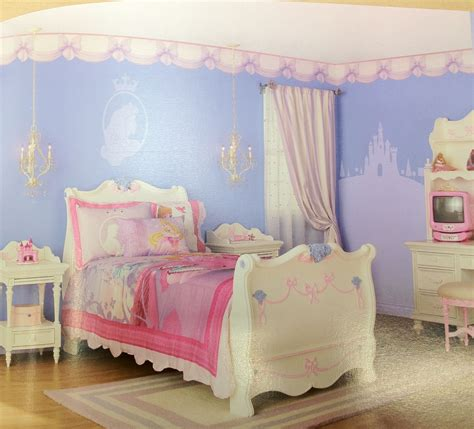 tangled room decor