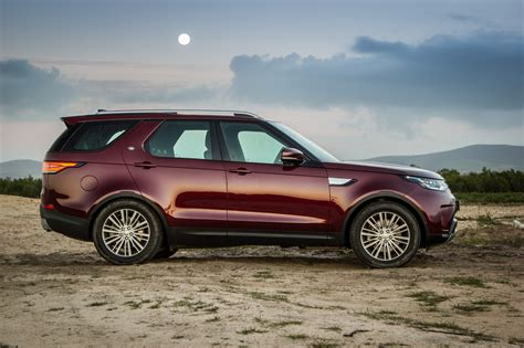 land rover discovery 2 5 tdi review land rover discovery si6 hse 2017 review cars co za