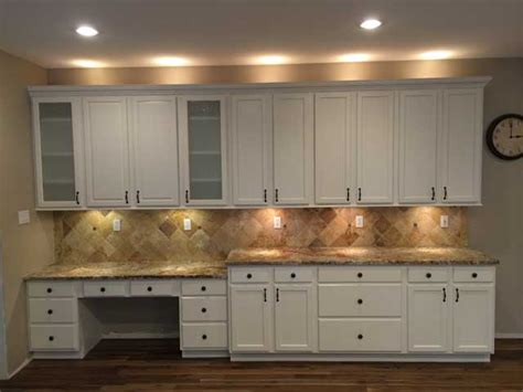 how to refinish kitchen cabinets yourself how to refinish kitchen cabinets kitchen cabinet refacing