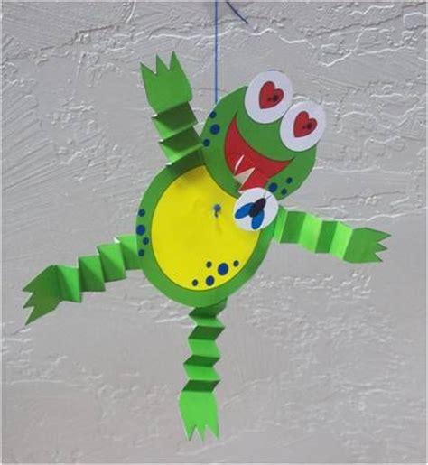 Papercraft Frog - frog craft