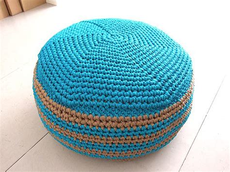 pattern crochet pouf link love this week in crochet blogging with lots of free