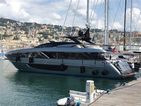 jacht ibrahimovic ecco le foto dello yacht di zlatan ibrahimovic liguria