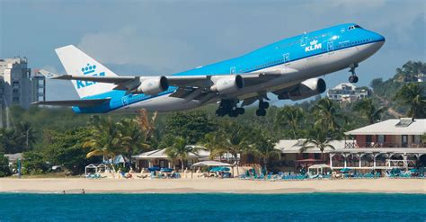 flight tonight app finds last minute airfare deals