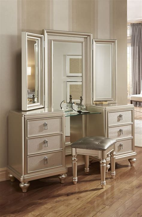 Bedroom Set With Vanity Dresser 1000 Images About For Your Bedroom My Customer Faves On Pinterest Bobs Kingston And
