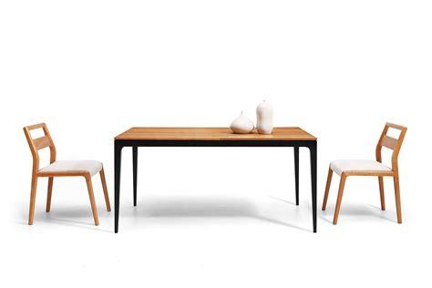 table salle a manger noir table de repas vintage scandinave et bois toss