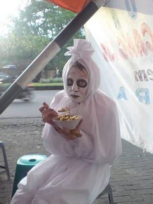 movie hantu indonesia lucu rak film eksistansi pocong di film indonesia