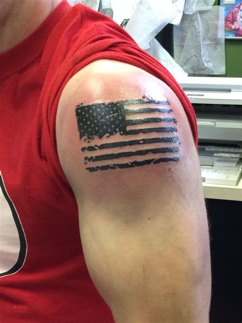 american flag shoulder tattoos american flag tattoos flags