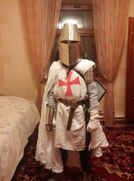 diy guide  making   knight costume  pics