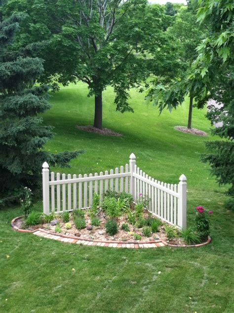 corner fence garden corner landscaping fence