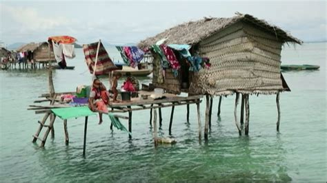 Inside a Malaysian village cut off from the world - YouTube France News 24 Live