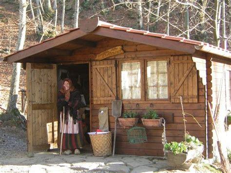 casa della befana lucca fuori le mura turismo vacanze itinerari turistici