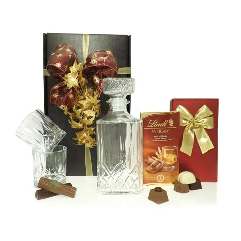 whisky decanter gift box christmas from friars uk