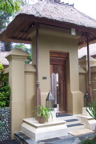 angkul angkul balinese entrance gate tropical bali property