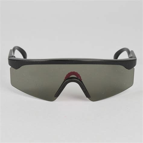 Kacamata Oakley Razorblades Black vintage oakley razor blades trigger sunglasses black frame smoke lens nos ebay