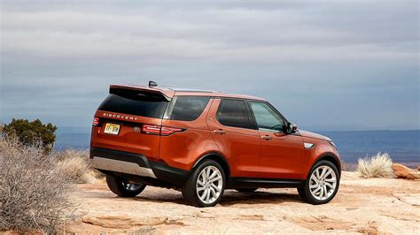 range rover land rover 2017 2017 land rover discovery review why the range rover
