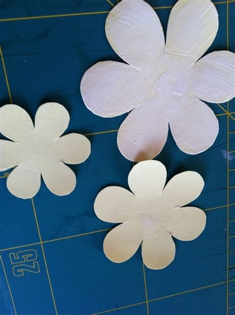 How To Make Hawaiian Flowers Out Of Paper - tropical paper flowers 183 how to make an origami flower