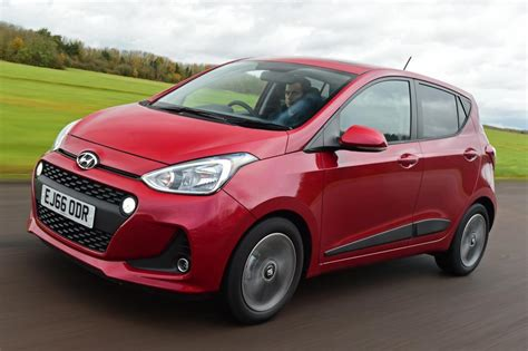 hyundai i10 facelift new hyundai i10 facelift 2017 review pictures auto express