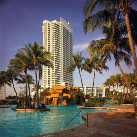 miami beach hotels in miami united states of expedia hotel fontainebleau miami beach miami beach fl united