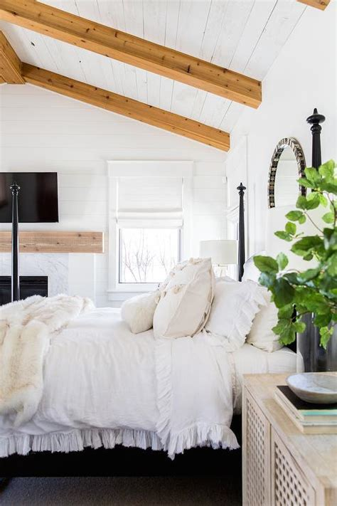 mirror on ceiling above bed round mirror over bed design ideas