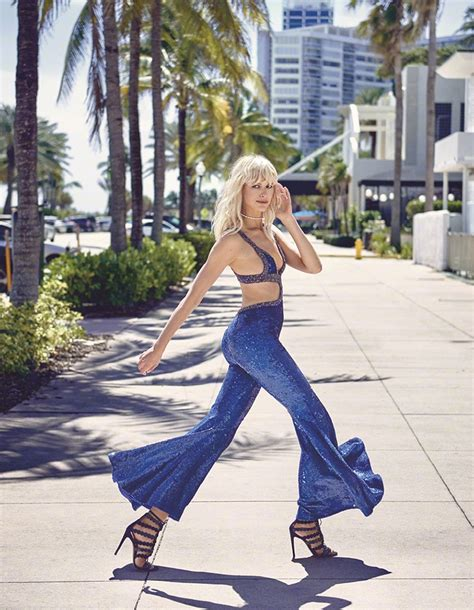 Seaside Photo Shoot For Harpers Bazaar Features Mysterious Dusky Skinned by Karolina Kurkova Takes On Miami Style In S