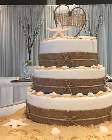 Ellas Barn Wedding Cakes 69 ellas barn wedding cakes wedding cake table inspiration featuring by sugar cubed
