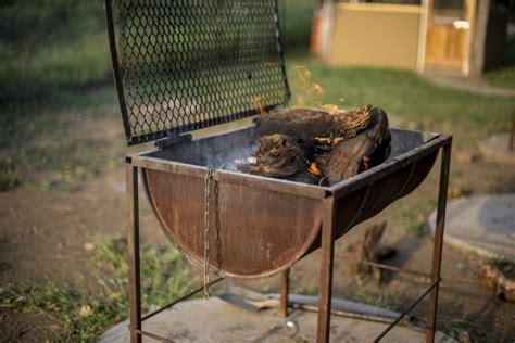 Du Mba Orientation Bbq barbecue tonneau zoom sur le barbecue tonneau avec couvercle