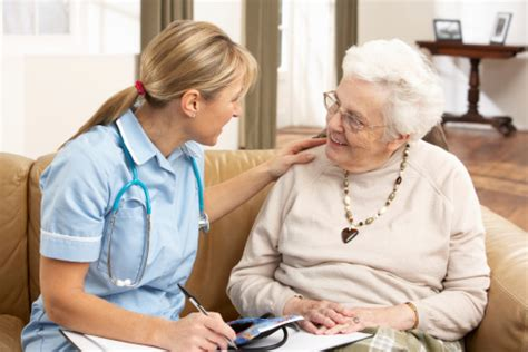 what does a home health aide do