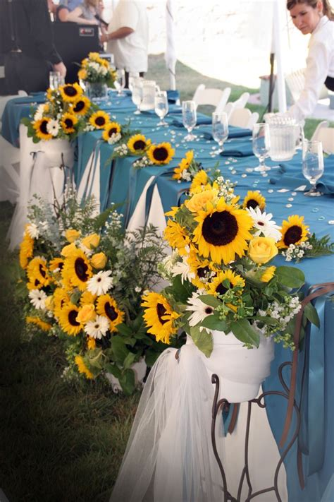 1000 ideas about sunflower wedding decorations on sunflower weddings sunflower