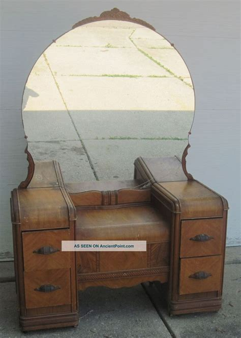 Vintage Bedroom Vanity Furniture Antique Vanity Dressing Table 1900 1950 Photo Vanity S