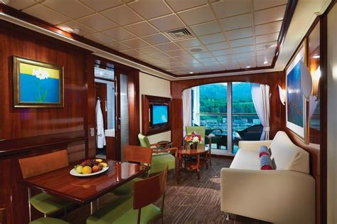 cruise ships with 2 bedroom suites which cruise ships have adjoining rooms