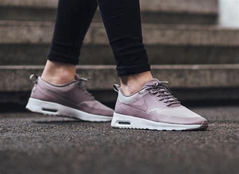 Nike Airmax Thea W1 shades of purple on the nike air max thea textile