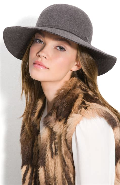 cap styles for women usa fashion music news taylor swift 15 adorable
