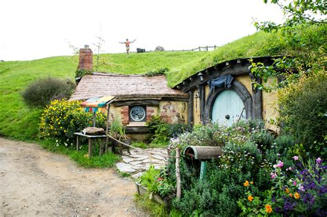 hobbit houses new zealand new zealand hobbit homes alkamedia com