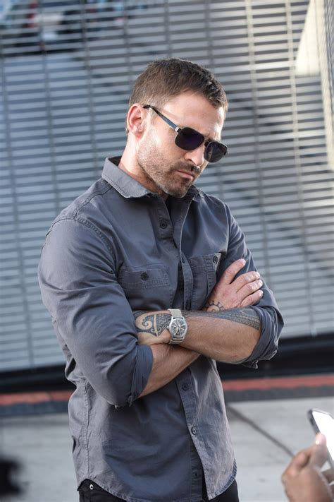 seann william scott tattoos lethal weapon reveals new look at seann william as