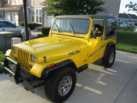 Jeep 2 5 L Sell Used 1989 Jeep Wrangler Base Sport Utility 2 Door 2