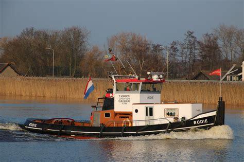 sleepboot rodie rodie op de hollandsche ijssel tugspotters
