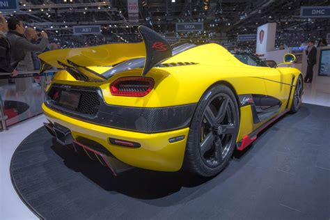 koenigsegg switzerland watch a koenigsegg agera rs don winter tires and tackle