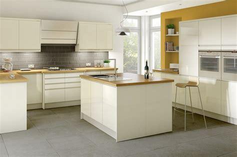 kitchen ideas with cream cabinets cream kitchen ideas gallery kitchen magazine