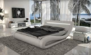 Contemporary White Bedroom Set Modern White Bed Vg77 Modern Bedroom Furniture Ideas
