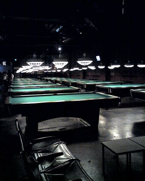 the garage billiards and bowling seattle washington ビリヤード