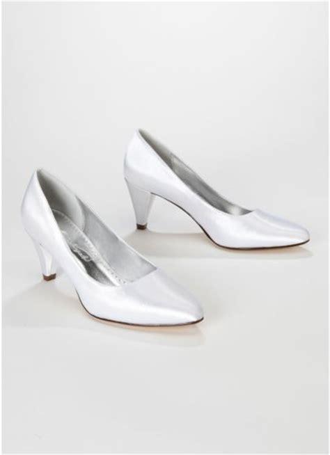 david s bridal dyeable shoes dyeable satin mid heel davids bridal